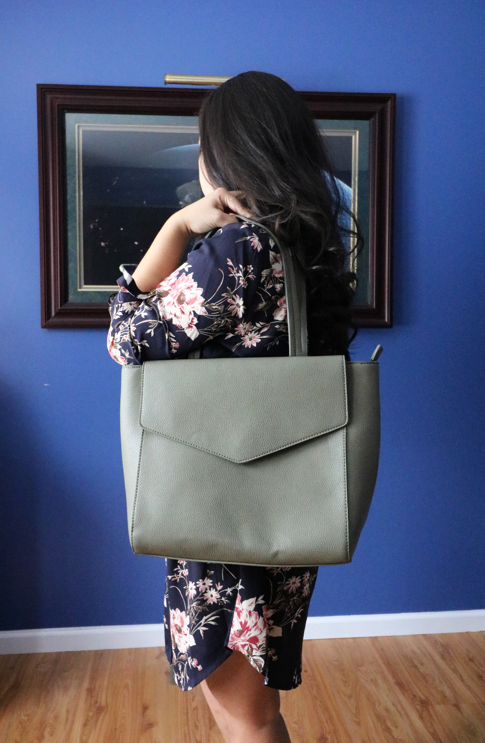Urban Expressions Olive Shoulder Bag